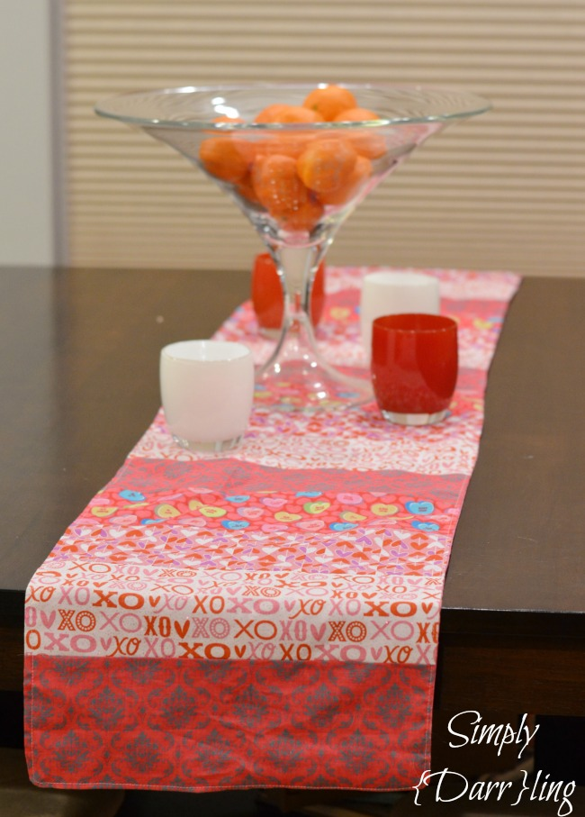 Valentine's Day Table Runner - Simply