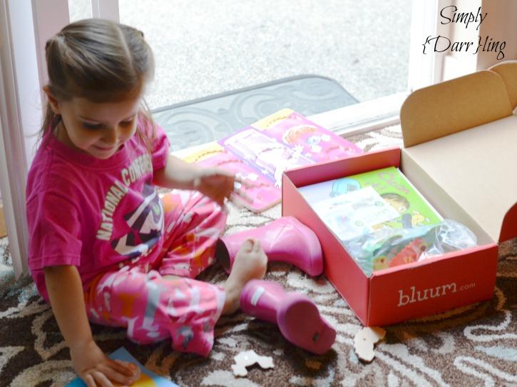 Aubree Opening Bluum Box