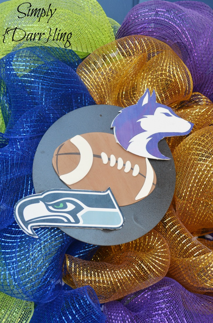 Seahawks and Huskies wreath