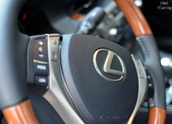 Lexus ES Steering Wheel