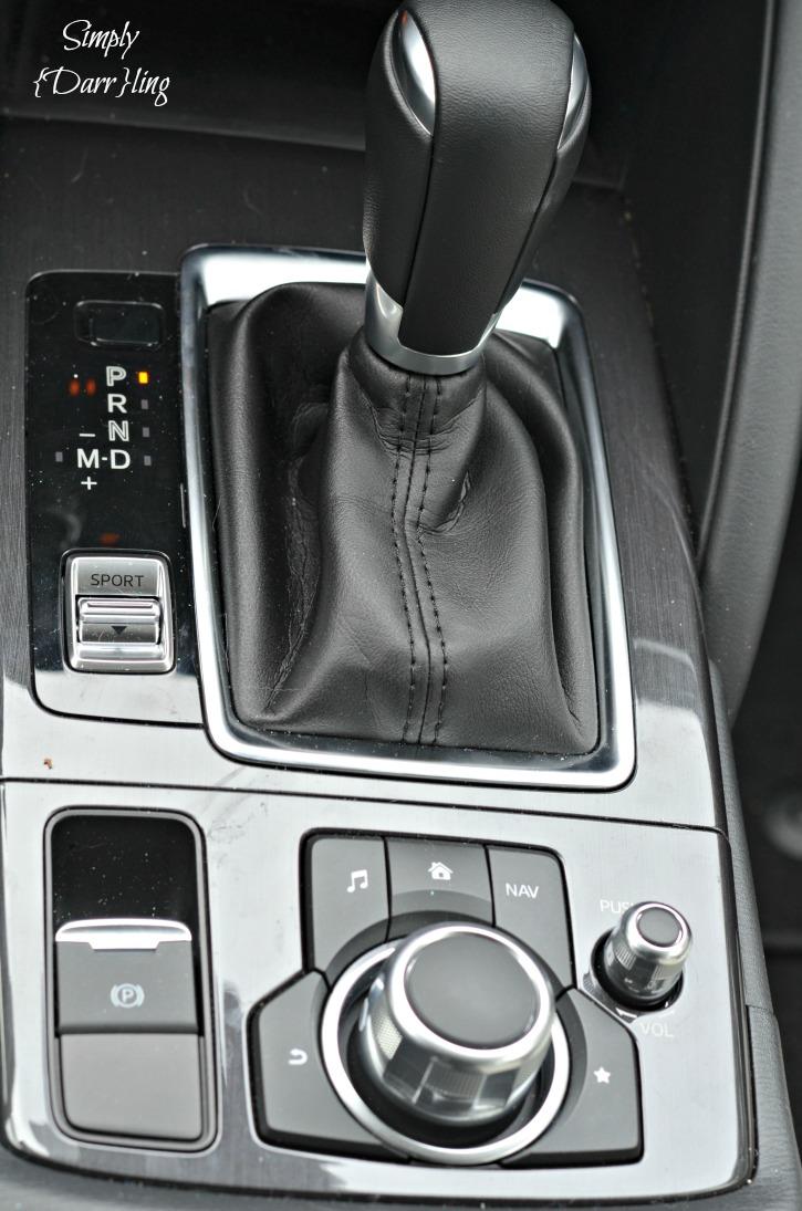 2016 Mazda CX-5 Center Console