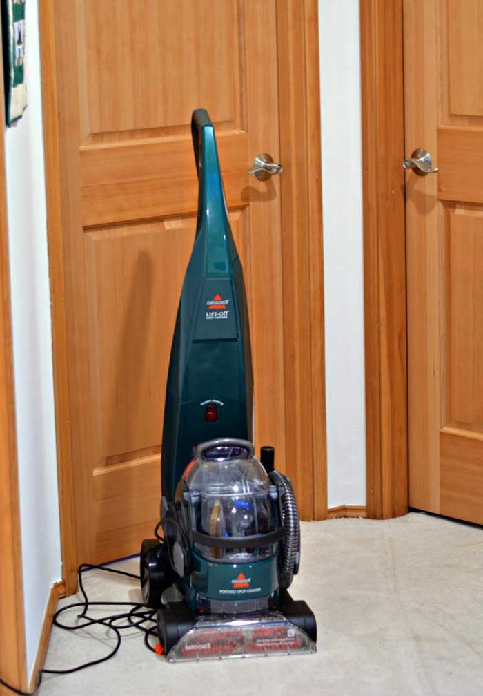 Bissell Lift Off Pet Deep Cleaner With The