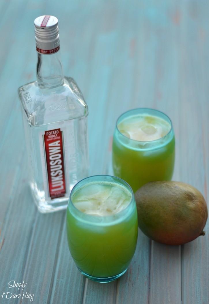 Luksusowa Mango Vodka Cocktail