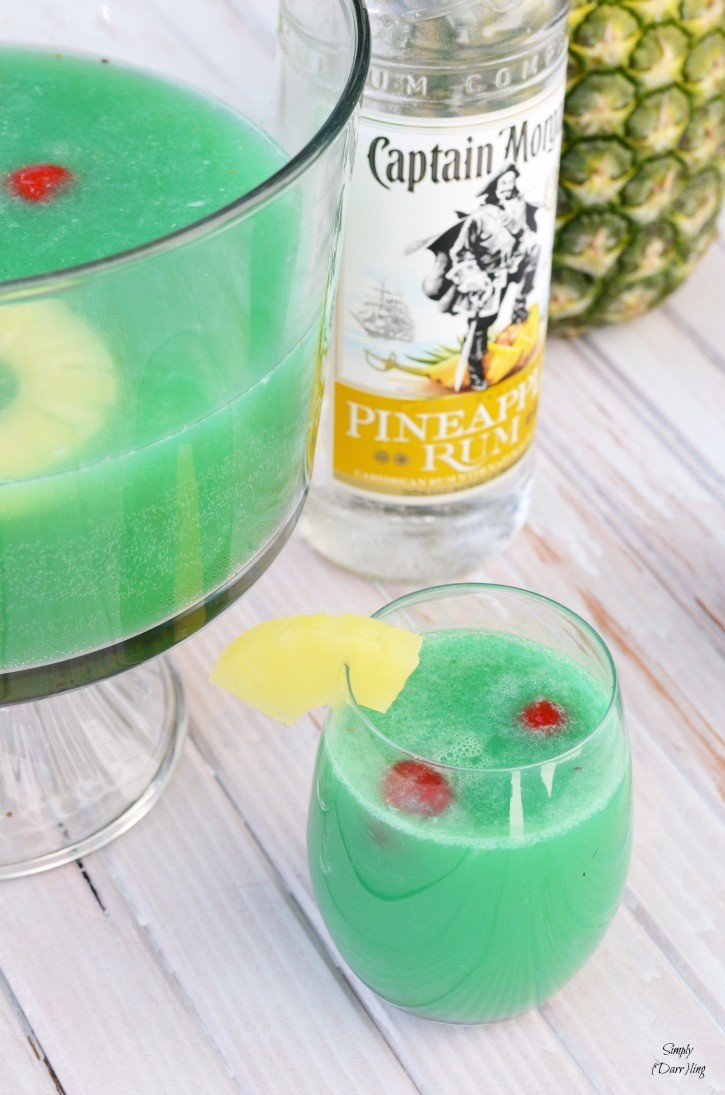 Captain Morgan Pineapple Rum Punch