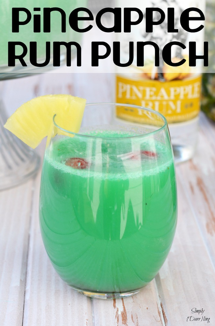 Delicious Pineapple Rum Punch - Simply {Darr}ling