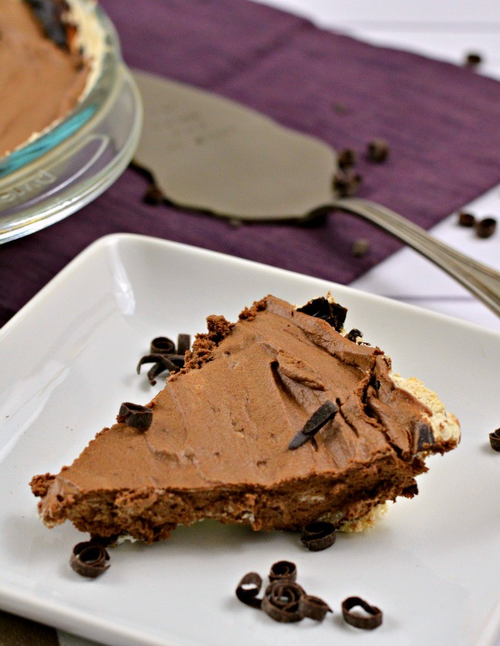 Delicious Chocolate Mousse Pie Recipe