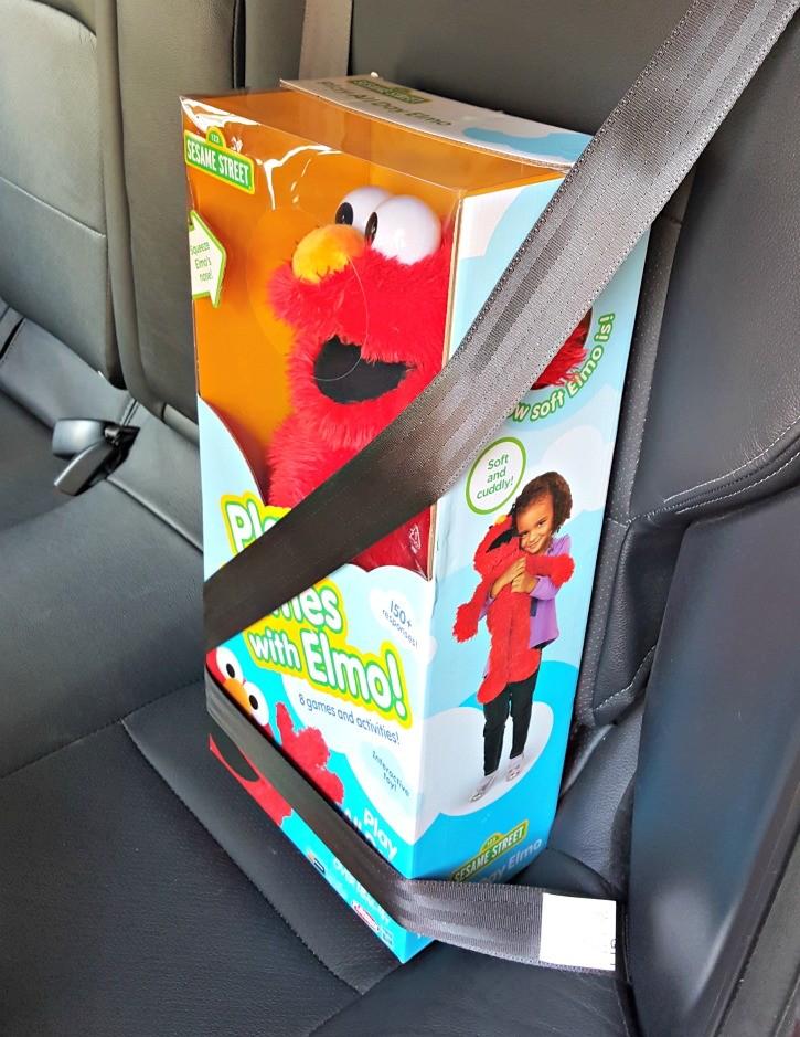 Elmo in Mitsubishi Lancer
