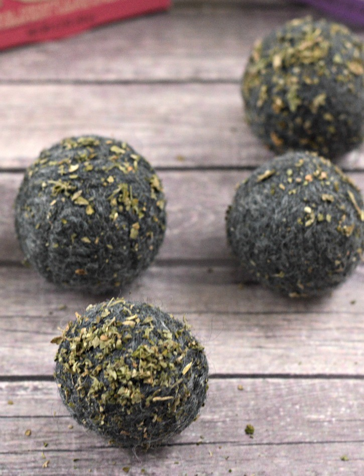 Felted catnip balls