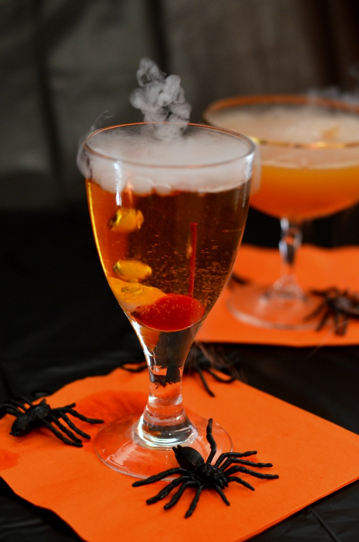 Cinnamon Apple Spooky Halloween Drinks