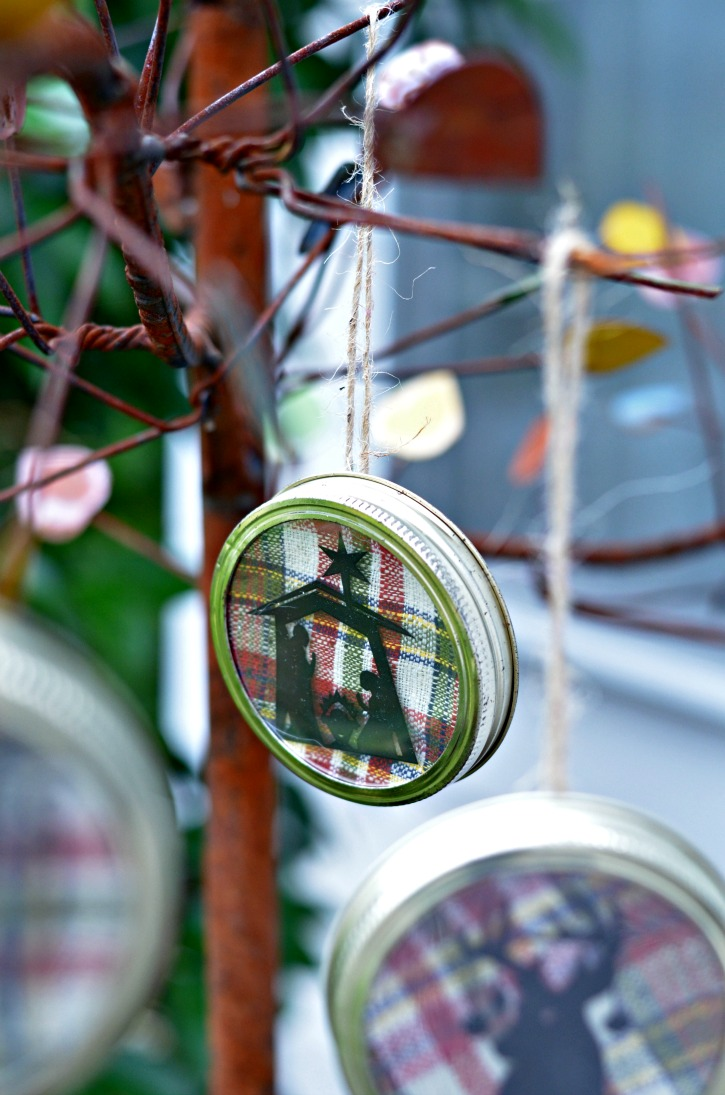 Nativity Mason Jar Lid Christmas Ornament