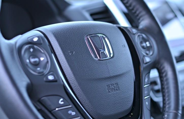 2016 Honda Pilot Elite Steering Wheel