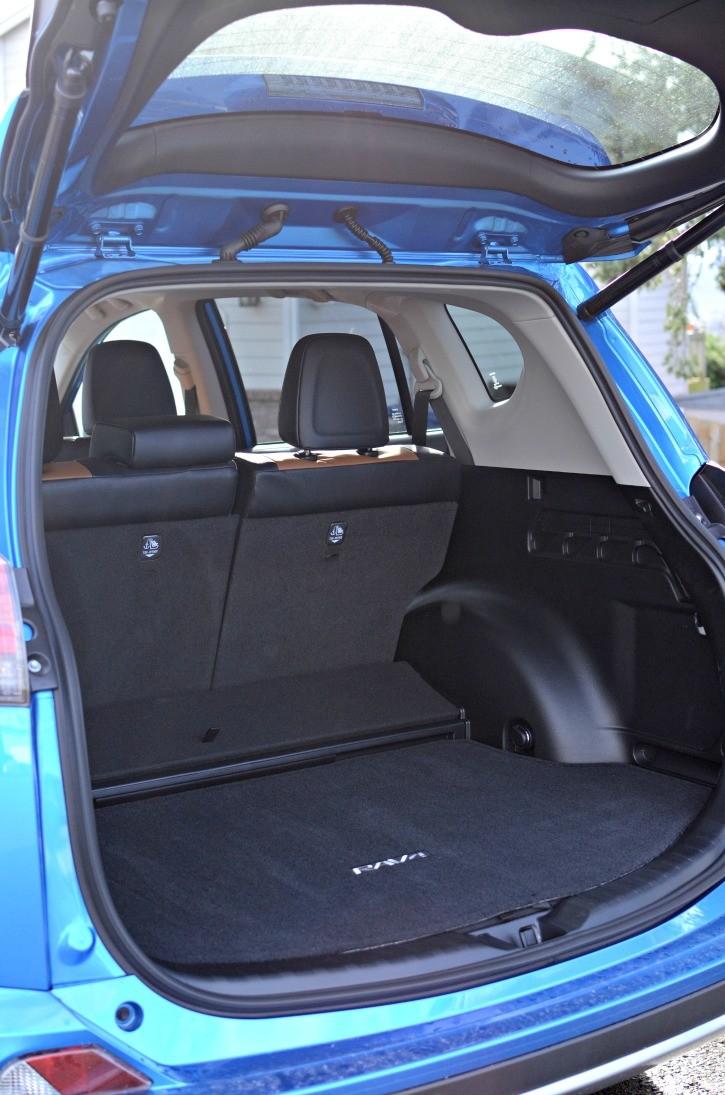 2016 Toyota Rav4 Hybrid  Simply Darrling