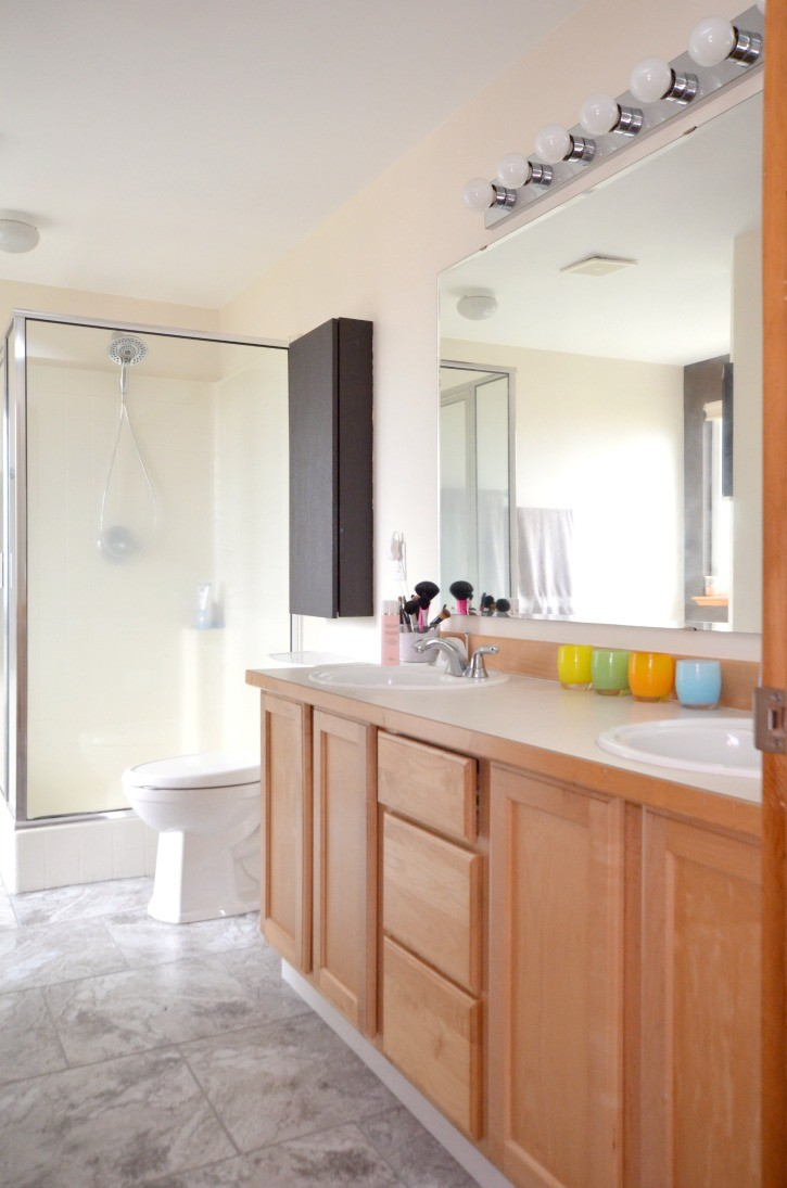 Easy Update to Bathroom Floors - Simply {Darr}ling
