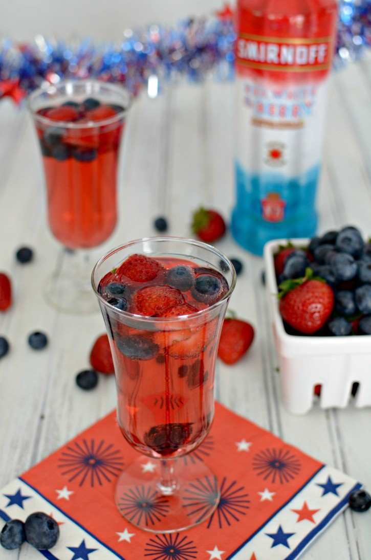 Smirnoff Red, White, and Berry Sparkling Cocktail