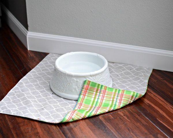 DIY Waterproof Pet Water Dish Mat