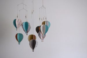 DIY 3D Paper Hot Air Balloon Baby Mobile