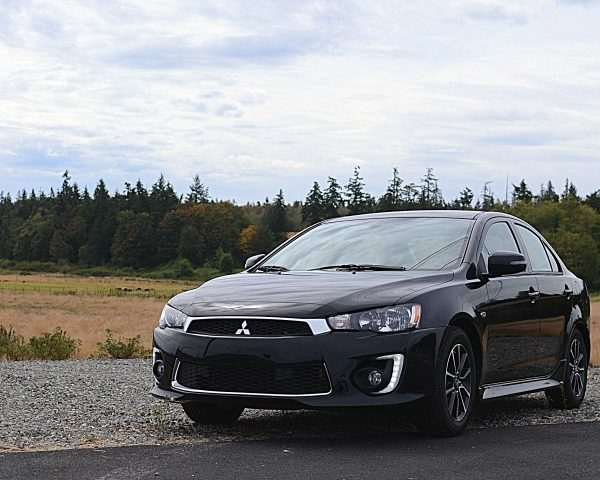 2016 Mitsubishi Lancer & The Best Friends Ever