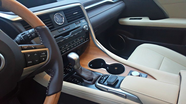 2016 Lexus RX450 Hybrid