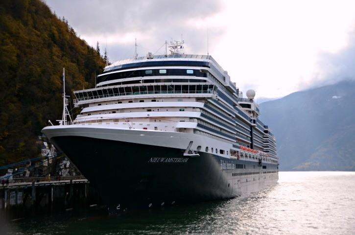 Alaska Inside Passage Cruise - Skagway Nieuw Amsterdam