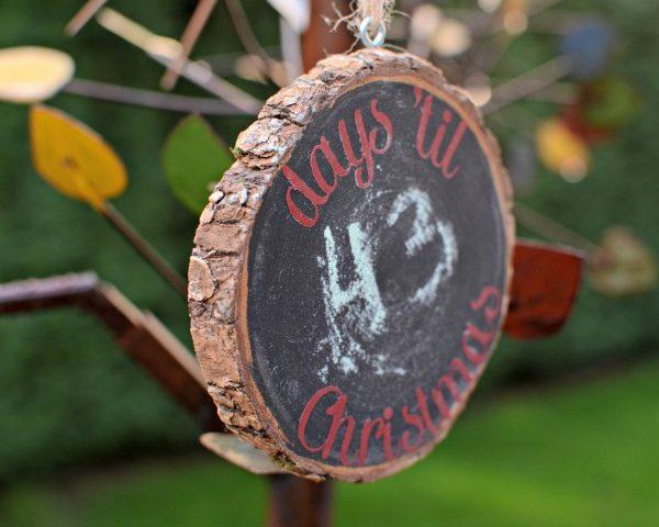 Days 'Til Christmas – Chalkboard Christmas Countdown Ornament