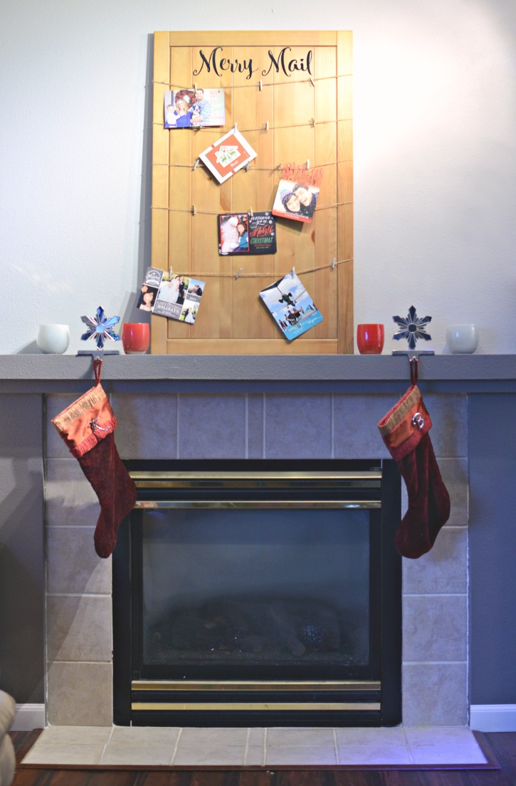 Upcycled Door Christmas Card Display - Merry Mail
