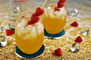 Raspberry Passion Fruit Kiss – A Cocktail Recipe