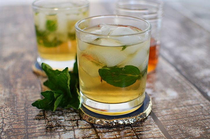 A Twist on the Classic Mint Julep – A Cocktail Recipe