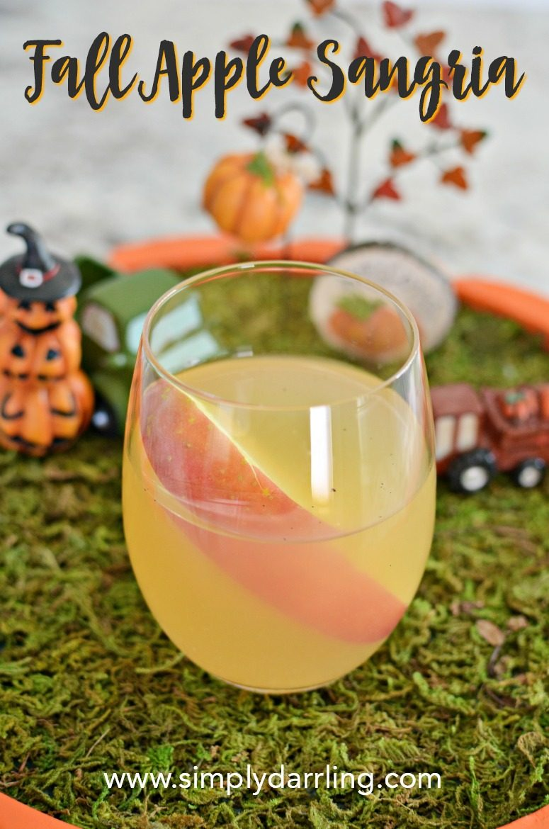 Fall Apple Cider Sangria