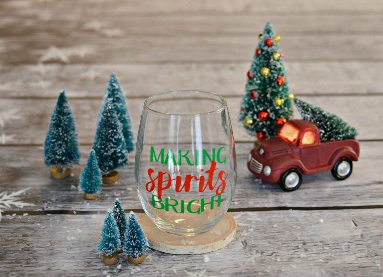 Making Spirits Bright Wine Glass & Free Cut File