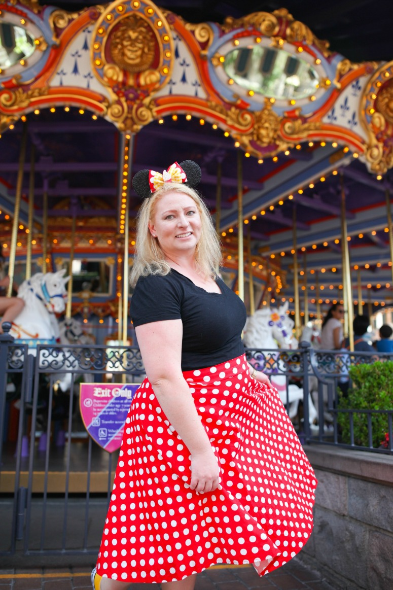 Minnie Mouse Outfit at Disneyland Carousel