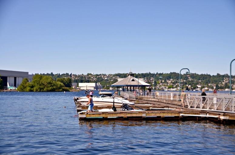 Boating Lake Washington