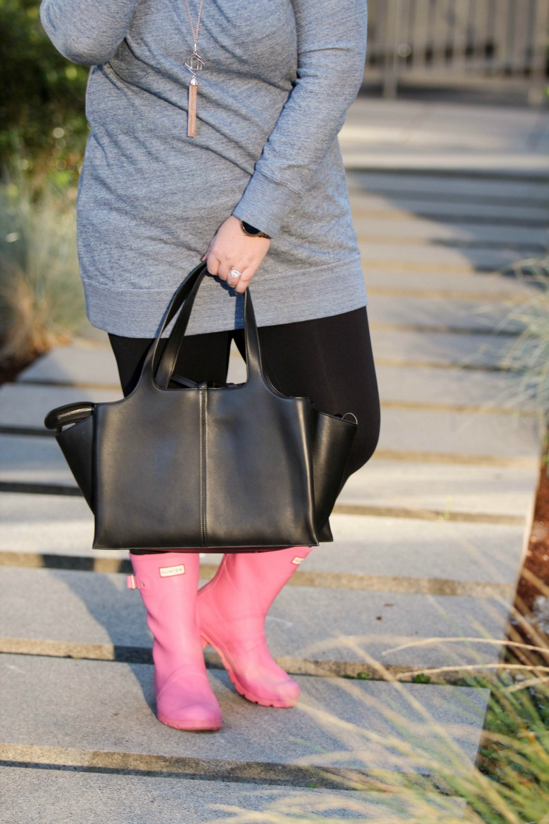 Short Pink Hunter Rain Boots Outfit with Tunic