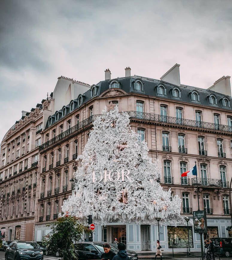 Dior Christmas display in Paris