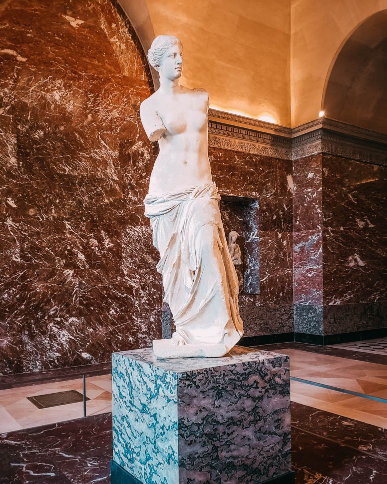 Venus de Milo at Louve