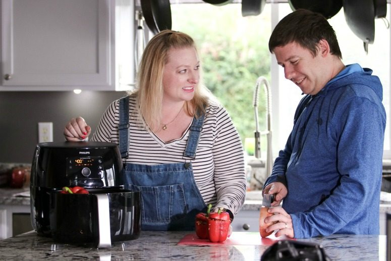 Couple with Philips Airfryer XXL