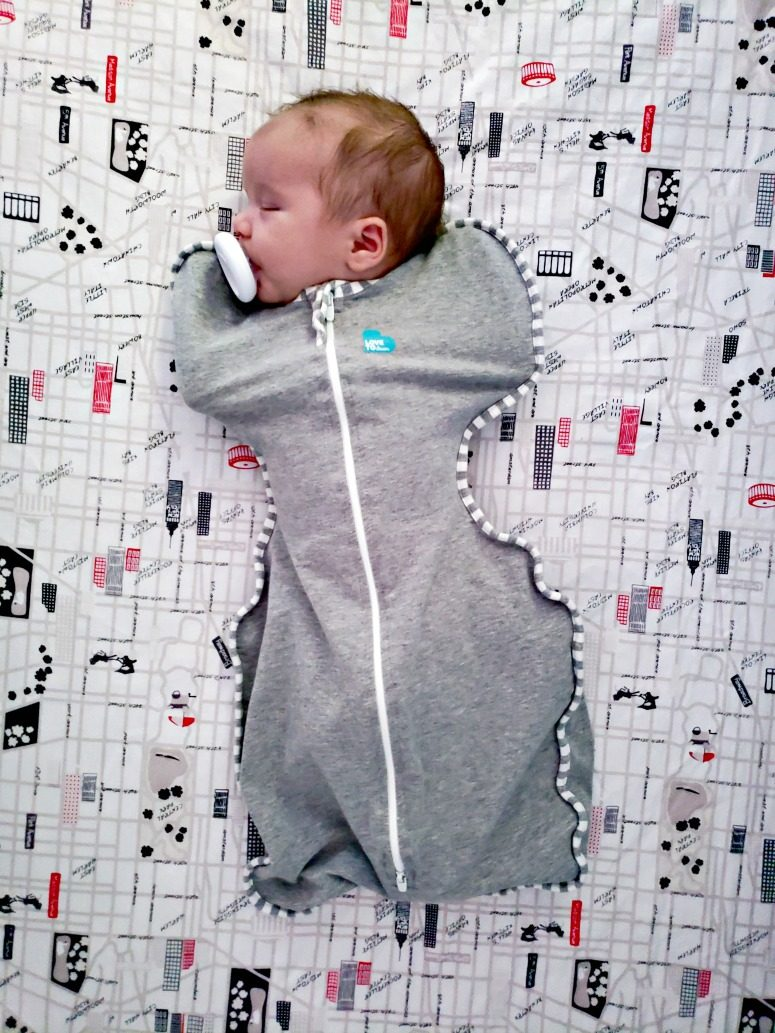 Baby in Love to Dream Swaddle Up
