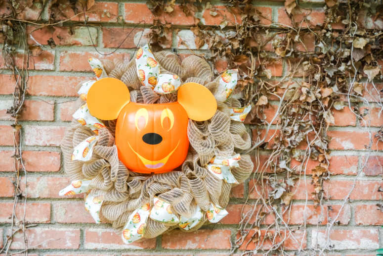 Mickey Mouse Pumpkin Head Wreath